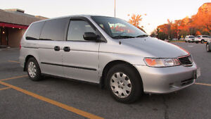 2001 Honda Odyssey Familiale as is
