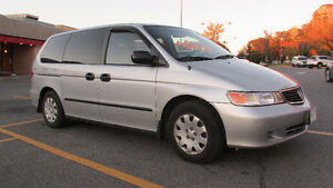 2001 Honda Odyssey Familiale as is