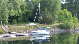 Tanzer 7.5 Sailboat with 9.9 Honda outboard