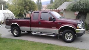 2004 Ford F350 Super Duty Lariat Pickup Truck