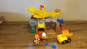 Fisher price Boulder construction site