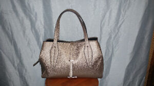 new kenneth cole reaction purse