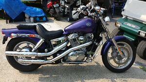 HONDA SHADOW SPIRIT 1994