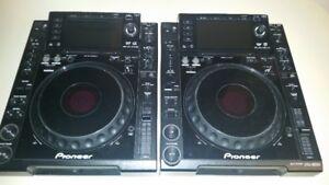 2 Pioneer cdj2000