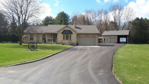 Spectacular Bungalow/Workshop-Mancave Heaven! OPEN HOUSE!