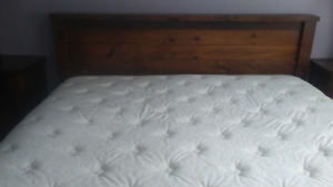 Beautiful solid pine 7 pc. King Size bedroom suite