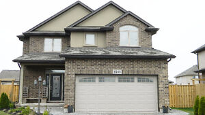 ELEGANT SPACIOUS FURNISHED HOME FOR RENT IN NIAGARA FALLS!