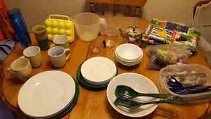 Dishes and cuttlery