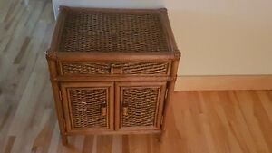 Wicker wood end table