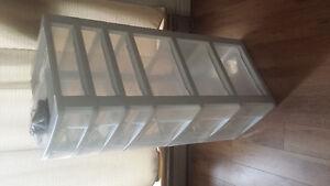 Storage drawers / bins / boites de rangement
