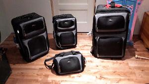Ensemble de 4 valises