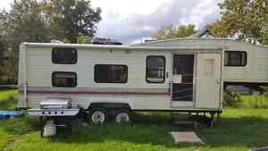 31 ft 1992 Terry fifth wheel