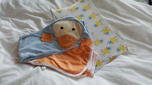 Bath support, hooded towels