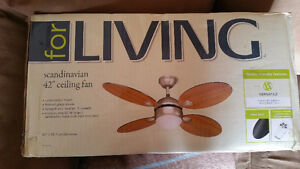 Scandinavian Fan with Light Fixture and Remote, 4-Blade, 42-in