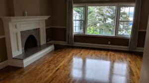 3-Bedroom Grand Upstairs Flat in two unit home.