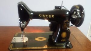 Antique 1956 Singer 99K Sewing Machine & Cabinet-mint condition