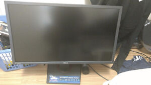 Selling Asus MG28UQ 4k Monitor