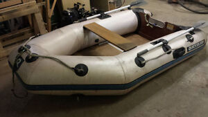 Quicksiver 8.5' Enflatable boat