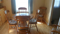 Set de Cuisine / Table and Chairs