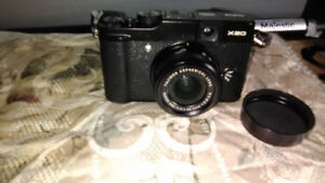 FUJIFILM X-20 CAMERA, LENS,CASE,2 BATTERIES AND CHARGER