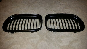 Original BMW Front Kidney Grills Right and Left Side