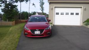 2015 Mazda 3 GS, low mileage