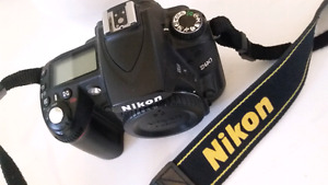 Nikon d90 with battery (body only)