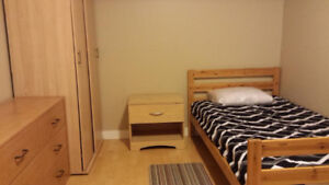 MOVE IN NOW - FURNISHED ROOM - SHORT TERM or MONTH BY MONTH OK