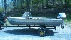1961 Arkensas Traveler 14' Boat 18 hp Sea Horse and Trailer