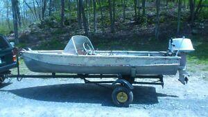 1961 Arkensas Traveler 14' Boat 18 hp Sea Horse and Trailer