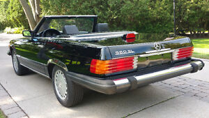 1987 Mercedes-Benz 560SL Convertible
