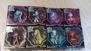 Monster High Vinyl Figures