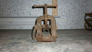 Outil antique
