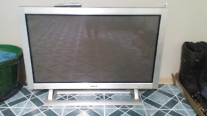 48 advent tv with speakers