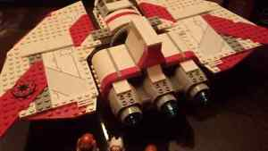 LEGO Star Wars: T-6 Jedi Shuttle 7931 Cambridge Kitchener Area image 4