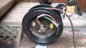 Retractable torch reel ,with 60'of hose and torch head $40 obo