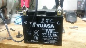 Batterie Yuasa pour Ducati monster evo
