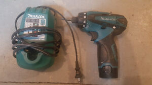 Makita 12v Impact Driver Drill with Battery and Charger