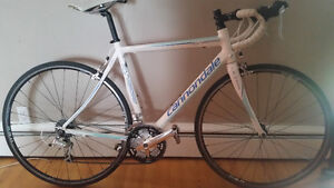 Cannondale synapse 7 sora 2013 - $1350.00 new / priced to sell
