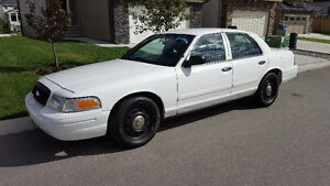 2011 Ford Crown Victoria INTERCEPTOR 4.6L NEW tires & glass+more