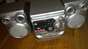 CD/Cassette/Radio Stereo System
