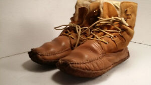MOCASSIN - botte hiver - homme taille 10 (MADE IN CANADA)
