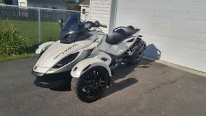 Can-Am Spyder RS 2014 blanc