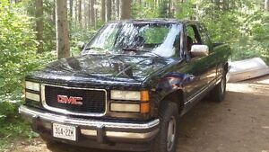 WANTED passenger side front fender 94 GMC pick up