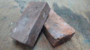 Briques Antiques À Vendre / Antique Bricks For Sale