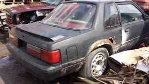 WE ARE PARTING OUT A 1988 FORD MUSTANG Windsor Region Ontario image 2