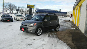 2011 KIA SOUL 4U   5 SPEED     $7997 + TAXES   Ph.204-339-1585