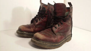 DR MARTENS - leather cuir - taille 7 or 38 - automne/hiver