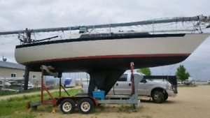 33 ft. Ocean Sailboat