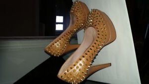 Vince camuto heels 7.5 size